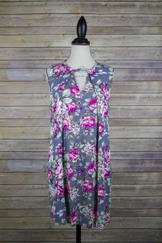 Floral Tunic with clasp detail.