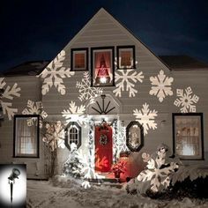 Outdoor Christmas Lighting Projectors – GORGEOUS Ideas For Christmas Lights Projected on Your House (easy-peasy Christmas lights!) – Involvery – The Best DIY Outdoor Christmas Decor Christmas Light Projector, Christmas House Lights, Christmas Light Installation, Hanging Christmas Lights, Beautiful Christmas Decorations, Noel Christmas, Outdoor Christmas Decorations, Holiday Lights, Simple Christmas