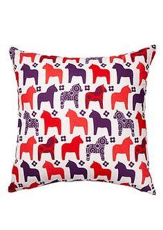 Ruuna pillowcase, love it Pillow Cases, Trunks, Throw Pillows, Decorating, Art, Drift Wood, Decor, Art Background, Toss Pillows