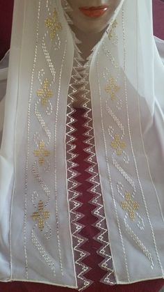 This Pin was discovered by ayş Beaded Embroidery, Embroidery Stitches, Hand Embroidery, Embroidery Designs, Weaving Patterns, Egyptian Art, Elsa, Diy And Crafts, Cross Stitch