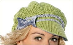Such a cute hat - might have to make this for @Kira Hennessey...