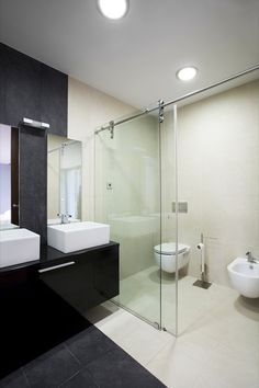 32 Minimalist Interior Design For Bathroom Decor , If you make bathroom design, you've got to be the focus in some decorating parts. Bathroom design does not need to be expensive even though you've got. Minimalist Toilets, Minimalist Bathroom Design, Minimalist Interior, Minimalist Home, Small Bathroom Interior, Modern Master Bathroom, Contemporary Bathrooms, Bathroom Styling, Small Bathrooms