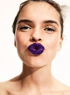 Makeup: Glitter filled purple lips