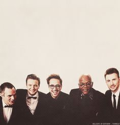 Avengers men - group photo at the 2012 Oscars