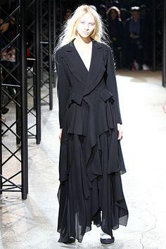 Yohji Yamamoto 2010 F/W Womenswear