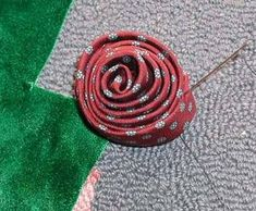 Necktie Roses - now with tutorial - JEWELRY AND TRINKETS