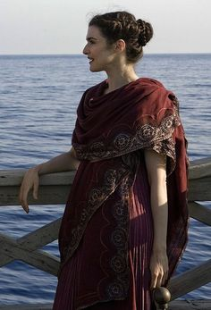 Looks like faculty from Othrys Hall Rachel Weisz as Hypatia in Agora - 2009 Rachel Weisz, Historical Costume, Historical Clothing, Character Inspiration, Style Inspiration, Travel Inspiration, Character Outfits, Mode Style, Costume Design