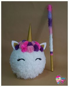 Birthday Pinata, Unicorn Themed Birthday Party, Baby Birthday, First Birthday Parties, Birthday Party Decorations, First Birthdays, Unicorn Crafts, Creations, Ideas Bonitas