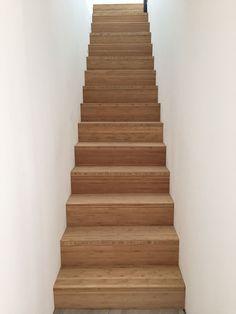 Escalier terminé ! - Cubes et bois, contemporain par Fmrallye sur ForumConstruire.com