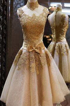 Well, if you insist....... tbdressfashion: Vintage lace dress