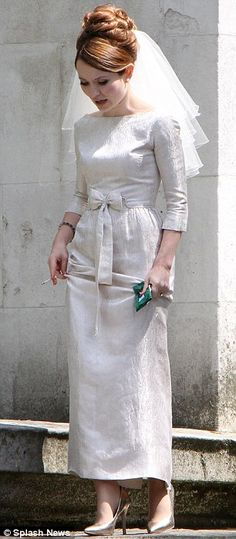 Emily Browning, filming the new movie about the Krays. There is nothing I don't love about this look!