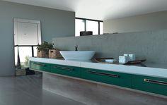 Banheiro Giardini Caixas: 18mm MDP Branco Frentes: 18mm MDF Lacca Color Shine Giardini Tamponamento: Toscana Puxadores: Nyto