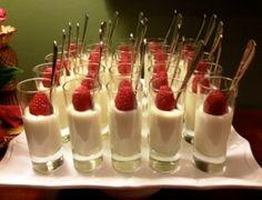 [New] The 10 Best Dessert Ideas Today (with Pictures) - Dessert shots Dessert Shots, My Dessert, Dessert Ideas, Shrimp Quiche, Fun Desserts, Delicious Desserts, Lasagna Cupcakes, Vanilla Panna Cotta, Tomato Caprese