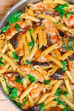 Creamy Chicken Pasta with Sun-Dried Tomatoes and Spinach