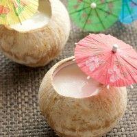 椰皇燉鮮奶蛋白 STEAMED EGG WHITE WITH MILK IN COCONUT SHELL