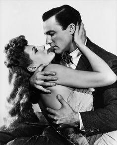 "Vintage iconic figures - Gene Kelly et Rita Hayworth dans ""La reine de Broadway / Cover girl"" de Charles Vidor 1944"