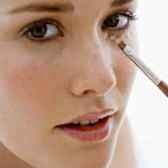 HOW TO APPLY MAKE UP
