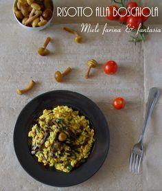 Avvolgente, chic, molto gustoso e leggero allo stesso tempo, è il #risotto alla #boscaiola Risotto, Grains, Curry, Ethnic Recipes, Food, Vegetarian, Fantasy, Curries, Essen