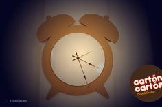 Reloj despertador de cartón. By cartóncartón
