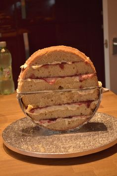 """Structure with half a 9"""" loose bottomed cake tin. Love the idea!!!!!!!!"""