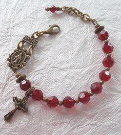 On Sale Rosary Bracelet Adjustable Swarovski Red by GalleryTen Rosary Bracelet, Rosary Beads, Beaded Bracelets, Prayer Beads, Diy Jewelry, Vintage Jewelry, Jewelry Making, Catholic Jewelry, Christian Jewelry
