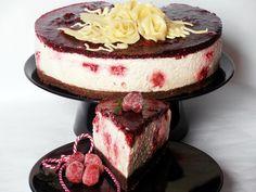 Tort cu crema de iaurt si ness - CAIETUL CU RETETE Romanian Desserts, Romanian Food, Baby Food Recipes, Cake Recipes, Dessert Recipes, Food Baby, Good Food, Yummy Food, Group Meals