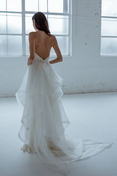 Karen Willis Holmes 'Diamond Train' with sequin wedding gown.   Follow us - @KWHBridal   Photography - @beksmithjournal . #karenwillisholmes #bridetobe #sequinweddingdress #modernwedding  #kwhtrain