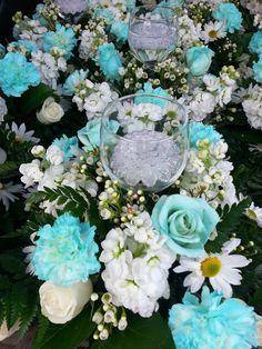 Tiffany Blue Wedding Centerpieces   Tiffany blue centerpieces.