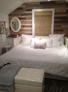 Ikea Hemnes Daybed, pulled out, all the way and is now a king size. Getting this.