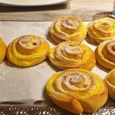 Vanília pudingos csiga   Leléné Marcsi receptje- Cookpad receptek Onion Rings, Ethnic Recipes, Food, Essen, Meals, Yemek, Onion Strings, Eten