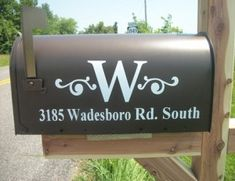 52 Ways to Improve Your Home's Curb Appeal Love the monogram mailbox w/address.need to update our mailbox Up House, Cozy House, Outdoor Projects, Home Projects, Vinyl Projects, Outdoor Ideas, Outdoor Decor, Sewing Projects, New Mailbox