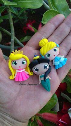 Princesas en Porcelana Fría. Aurora,Jazmin y Cenicienta. Hechas por Mary Reyes De Dulces Creaciones