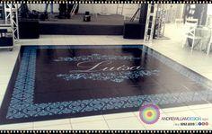 Adesivos de Pista de Dança 15 Anos Party Dancefloor Adesive Adesivo de pista de dança com design exclusivo e instalação perfeita. Como um tapete. Perfeito para a dança dos noivos ou valsa 15 anos. Brasília-DF #casamento #noiva #noivas #bride #wedding #decor #decoration #decoracao #luxo #casamento #wedding #dancadosnoivos #design @andrewilliamdesign Orçamentos 61 92626229 whatsapp