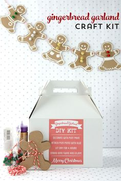 DIY Gingerbread Garland Craft Kit gift made with Cricut Explore -- Polkadot Chair.