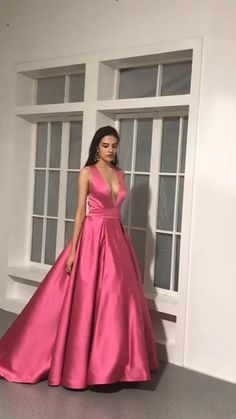 2020 Elegant Yellow Satin Ball Gown Prom Dress Deep V-Neck Long Pageant Gowns Pretty Prom Dresses, Simple Dresses, Elegant Dresses, Dresses For Prom, Different Prom Dresses, Grad Dresses Short, Graduation Dresses, Party Dresses, Bridesmaid Dresses
