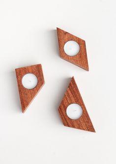 DIY Wooden Candle Holders // white ● minimalism ● inspiration ● pinned by @birambi_
