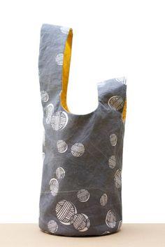 Sewing Bags Japanese Knot Bag for the Secret Valentine Exchange: Grey Side Bag Patterns To Sew, Sewing Patterns, Japanese Knot Bag, Japanese Bags, Secret Valentine, Denim Bag, Fabric Bags, Vintage Chanel, Handmade Bags