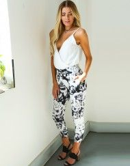 Shop with confidence at Lelulah, a luxury online fashion boutique in Australia. Dresses, jackets, footwear, accessories and more; we're the women's clothing boutique your wardrobe will adore! Online Fashion Boutique, Boutique Clothing, Crossover, Dawn, Bodysuit, Sporty, Jackets, Shopping, Clothes