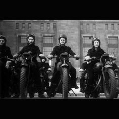 Old Picture of Women Motorcycle Riders  1 of 15 Pictures of Antique Motorcycles and Women Riders (CLICK on Image to See Photo Gallery)  #Motorcycle