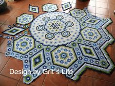 Wow! This is a great hexagon quilt; no pattern.