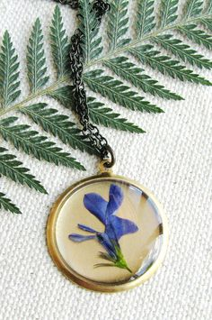 #photooftheday Pressed flower necklace...