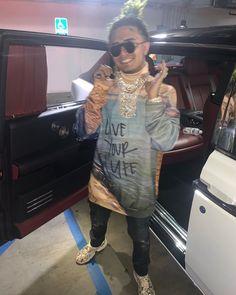 HARVERD DROPOUT WENT PLATINUM THAT MEANS IM THE HOTTEST RAPPER RN Lil Pump, Shirt Dress, T Shirt, Rapper, Pumps, Hot, Sweaters, Dresses, Fashion