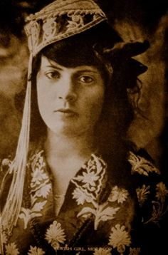 Moroccan Jewish girl in the 1920's.
