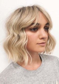 Fantastic Short Balayage Haircuts with Bangs in 2019 Latest Short Hairstyles, Short Haircut Styles, Long Hair Styles, Short Balayage, Blonde Balayage, Hair Color Techniques, Colouring Techniques, Short Hair Lengths, Short Hair Cuts