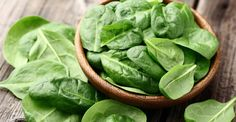 Eating Your Greens (or Why Mom Was Right) - UC Davis Integrative Medicine Program Plant Based Nutrition, Plant Based Diet, Healthy Food For Men, Foods For Depression, Spinach Health Benefits, Growing Spinach, Cancer, True Food, Magnesium