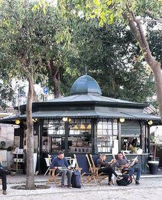 2016 11 01 - Jardim S. Pedro de Alcântara, em tarde amena de Outono - Lisboa. #lisboa #lisbon #lissabon #lisbonnne #lisbona #lisboa_pt #lisboalive #lisbonlovers #lisboaconvida #lisboacool #bestlisbon #amar_lisboa #autumn #automne #super_lisboa #sunnyafternoon #sharing_portugal  #quiosquesdelisboa #quiosques #saopedrodealcantara  #lazyafternoon #goodweather #visitlisbon #visit_lisboa #visit_lisbon #welovelisbonpt #weloveportugal #anonymous_pt #igerslisboa #be_happy_in_lisbon Portugal, Kiosk, 1, City, Outdoor Decor, Instagram Posts, Gazebo, Garden, Lisbon