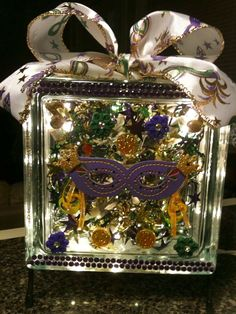 Purple Mardi Gras Mask - lighted glass block