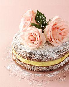 ph. stefano uvietta©   torta alla rosa  <3
