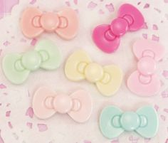 7 x Pastel Rainbow Ribbon Hello Kitty Bows Flat Back Resin Cabochons
