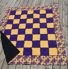 Show your team spirit!! This Rag Quilt is sure to be a big hit with any sports fan! Awesome for High School, College or Pro team fans!    This